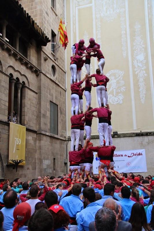 Actuació 20è Aniversari Castellers de Lleida Paeria 11-04-15 - IMG_8978.jpg