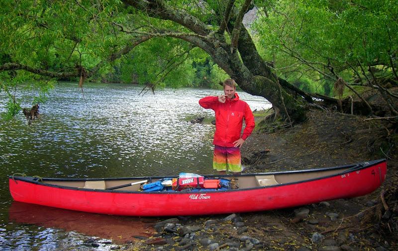 Torge mit Kanu