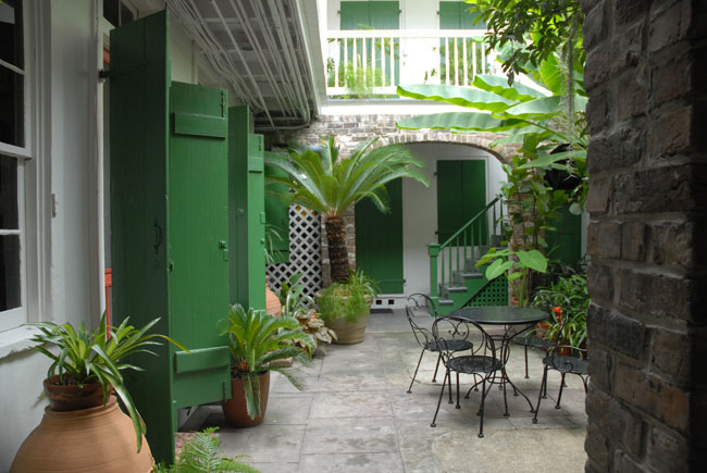 Susie harris new orleans secret Homes with inner courtyards