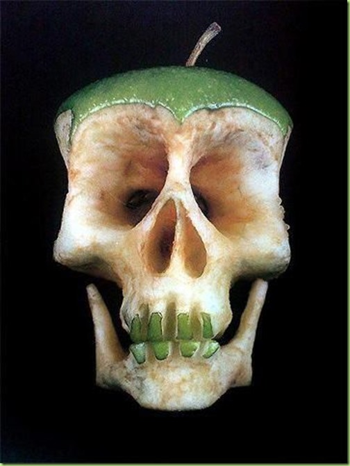 apple-skull-1349679119_b