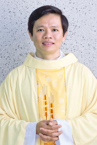 Ai tín: Linh mục PHÊRÔ NGUYỄN ĐÌNH PHONG vừa tạ thể lúc 9g30 tối ngày 15.9.2015