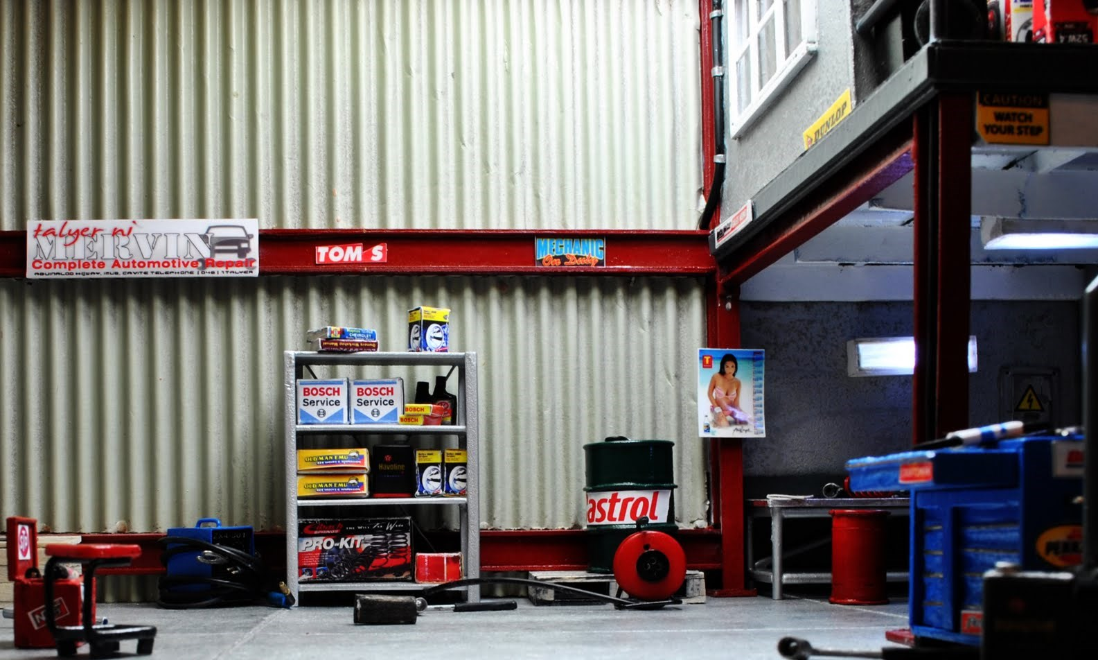 Bowerbird Garage Diorama Talyer Ni Mervin Ehra