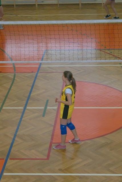 Zawody siatkarskie dziewczat 1 marca 2011 - DSC09290_1.JPG