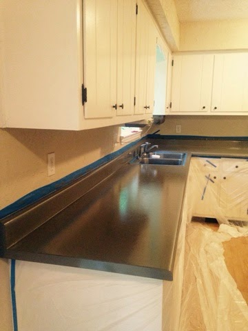 Countertop Coating : Countertop Transformation with Rust-oleum Countertop Coating Self ...