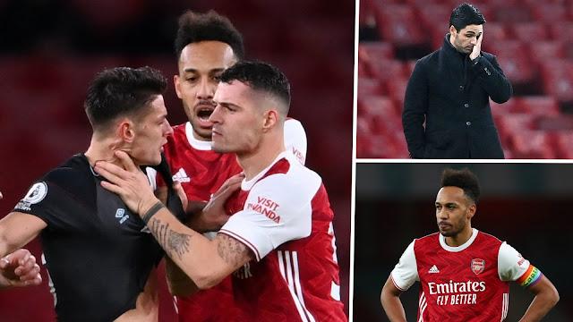 Arsenal Kalah Lagi, Kali Ini Xhaka Dibuang Padang!