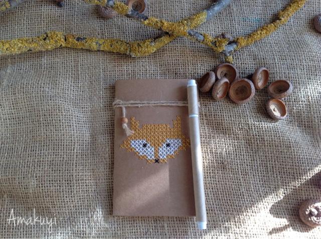 Libretas-kraft-detalles-personalizados-regalos-handmade-punto-de-cruz