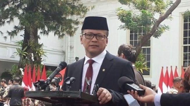 Ramai Hukuman Edhy Prabowo Setara Bocah Pencuri Ayam Tetangga, Publik: Lucu Negeriku!