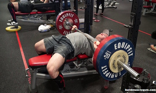 Reasons Why Your Bench Press Sucks