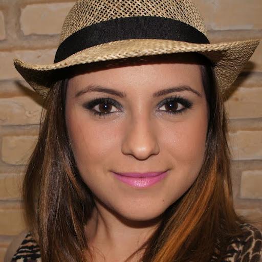 Felicia Oliveira