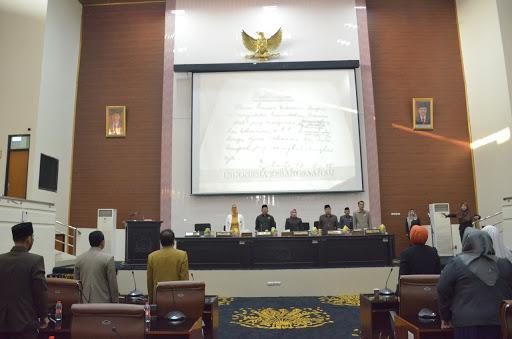 Bupati Hadiri Rapat Paripurna DPRD Karawang