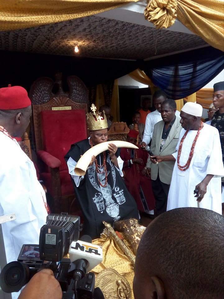 The king (Igwe) Dr Martin Eze (IDU SECOND OF IGBOUKWU)marks his igwe