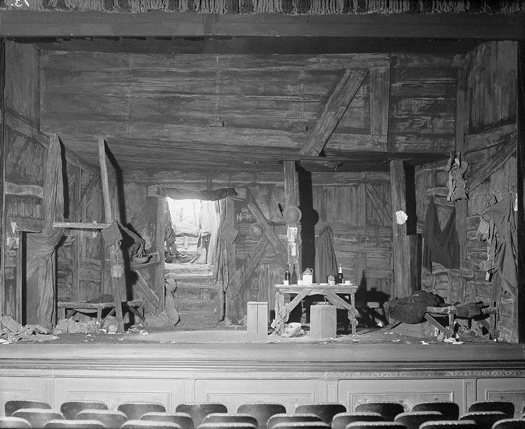 vandamm-studio-theater-22