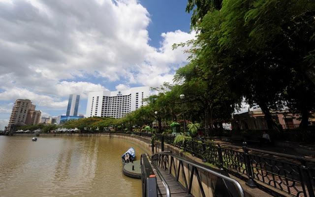 Kuching-Waterfront