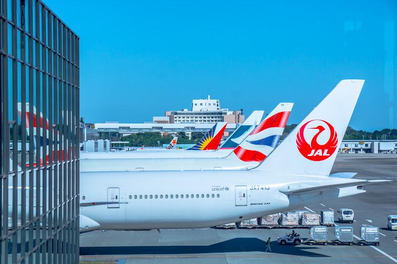 Narita Airport, airplanes