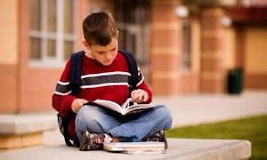 Hanya Orang Bodoh Yang Suka Membaca