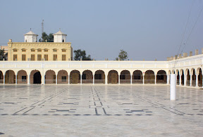 The whole main prayer hall of the Gurdwara is embedded with marble floor which was installed in 2007. Janam Asthan