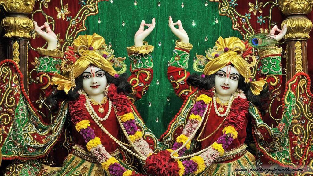 ISKCON Chowpatty Deity Darshan 19 Dec 2015 (12)
