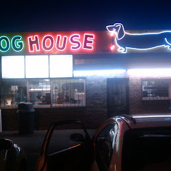 Dog House Drive In's profile photo