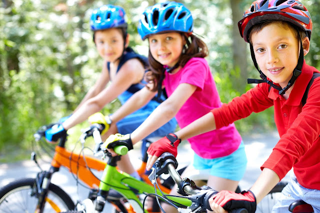Çocuk ve bisiklet