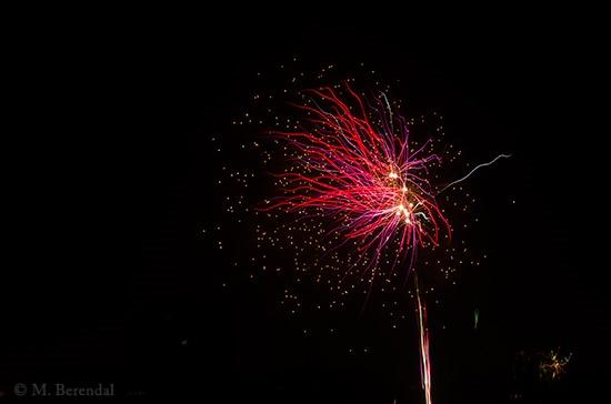 [Fireworks_09%5B4%5D]