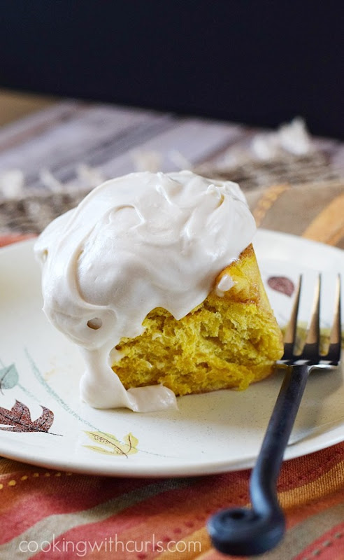 Celebrate-fall-with-these-Pumpkin-Cinnamon-Rolls-with-Maple-Cream-Cheese-Frosting-cookingwithcurls.com_