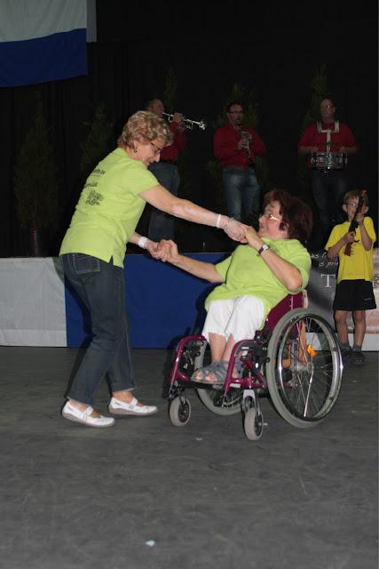 Mère et fille: pas et roues se mêlent le temps d'une danse