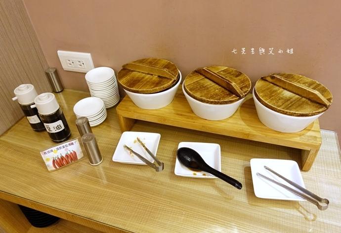 5 豪煮藝經典麵食館、美村點頭冰