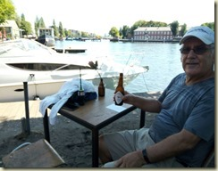 IMG_20180806_Dutch beer and a canal