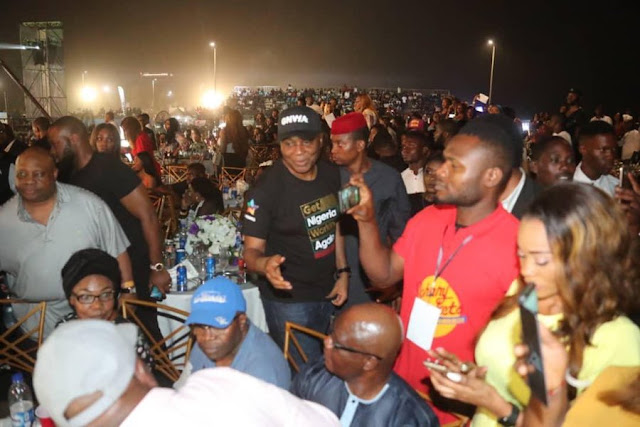 Bukola Saraki At Davido's Concert (Photos)