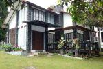 villa istana bunga 3 Kamar ada halaman