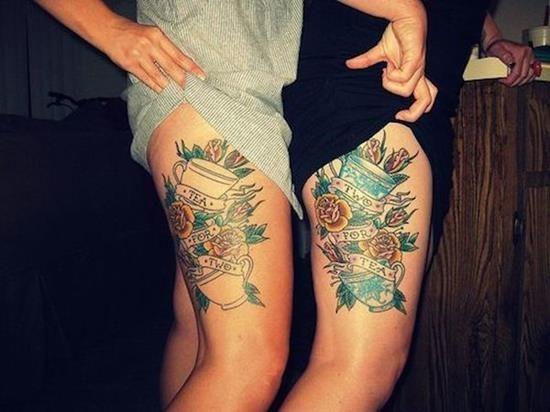 incrvel_coxa_floral_melhores_amigos_tatuagem