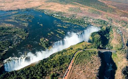 Οι εκπληκτικοί καταρράκτες Βικτωρίας στη Ζάμπια
