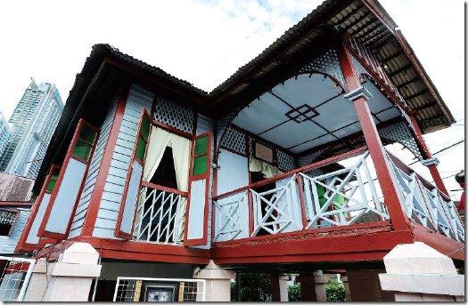 Rumah Biru Identiti Kampung Baru Kuala Lumpur