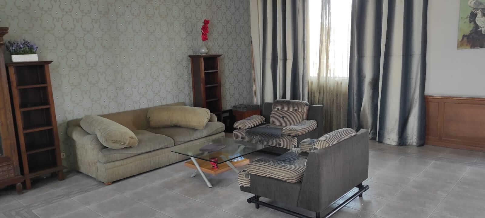 ruang kumpul villa andaru gerlong bandung
