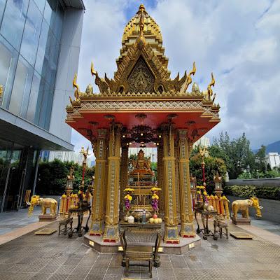 Four-Headed Buddha Shrine (7) ©LeDomduVin 2020