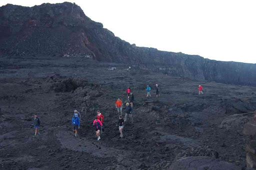 Le groupe Terdav dans le cratère Bory.