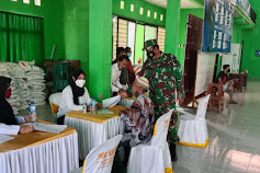 Babinsa Koramil Kota Bojonegoro Laksanakan Pendampingan Giat Penyaluran BST