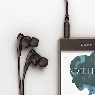 16_Xperia_Z3_+_Copper_Headphones.jpg