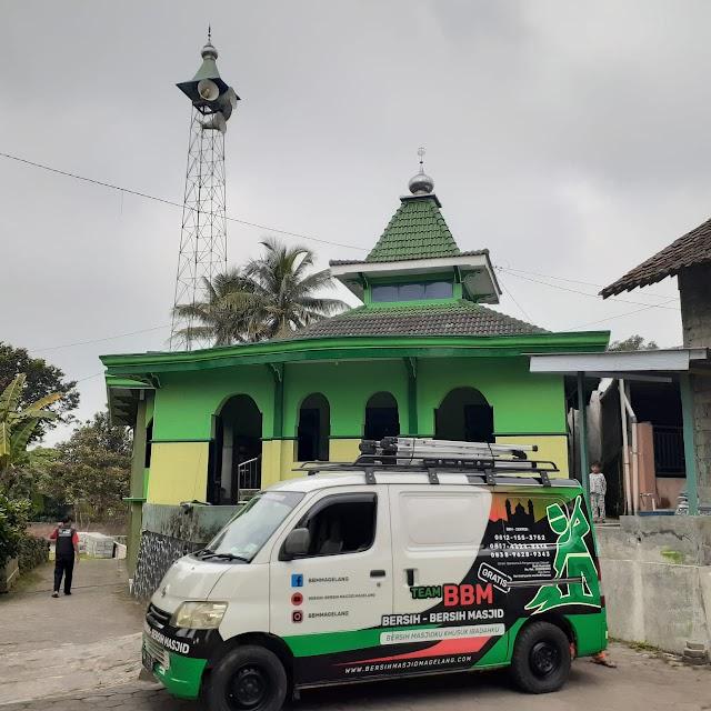 Bersih Masjid Al Muqarromah Ngampel, Sengi, Dukun, Magelang