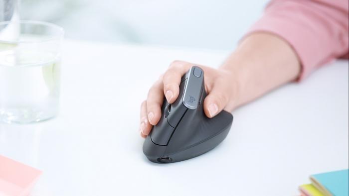 mouse-vertical-promete-acabar-de-vez-com-sua-dor-no-pulso-120658