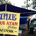 Menikmati sarapan pagi Bubur Ayam AINIE Kota Banjar