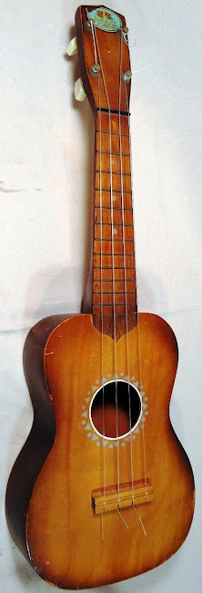 1950's Regal Soprano at Lardy's Ukulele Database