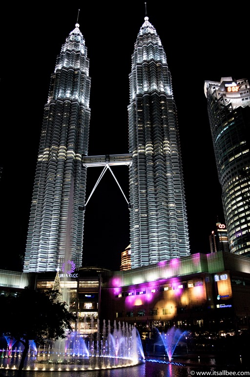 Malaysia -  Petronas Towers  - Kuala Lumpur-63