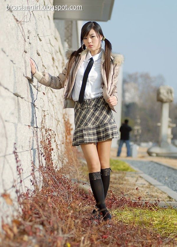 Hwang Mi Hee part 4:school girl,picasa0