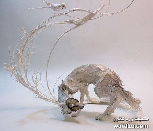 منحوتات سريالية ابداع الفنانة Ellen Jewett