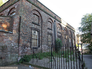 August 2007, empty engine house, from the Museum Gardens