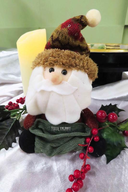 Canon  Santa