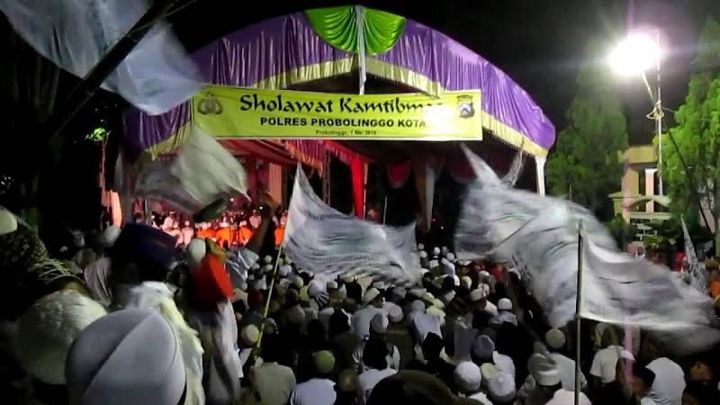 Demam Majelis Sholawat di Probolinggo