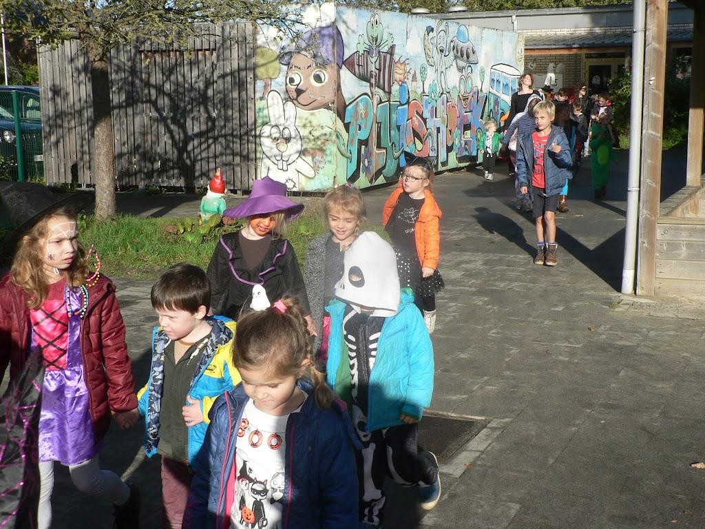 Halloween op de Pluishoek - P1270098.JPG