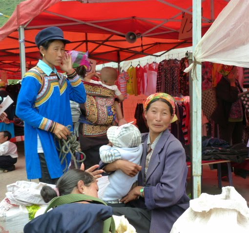 CHINE SICHUAN.XI CHANG ET MINORITE YI, à 1 heure de route de la ville - 1sichuan%2B879.JPG